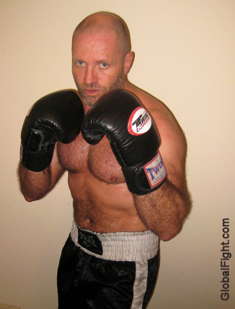 Gay boxing Nude Photos 16