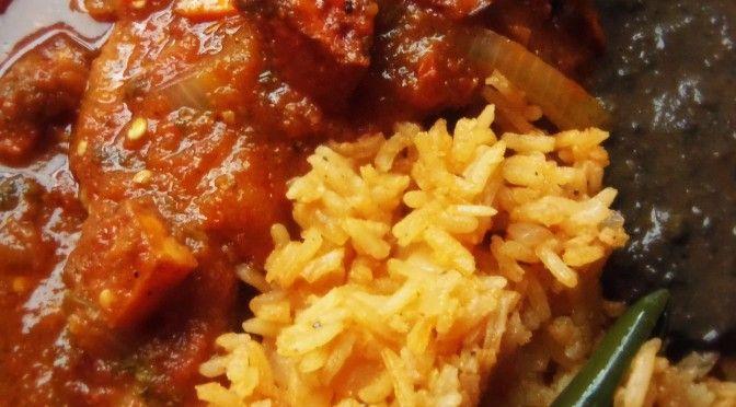 Chuletas De Puerco En Salsa Pork Chops Braised In A Fresh Tomato Salsa La Piña En La Cocina Recipe Mexican Food Recipes Mexican Breakfast Recipes Cooking Recipes