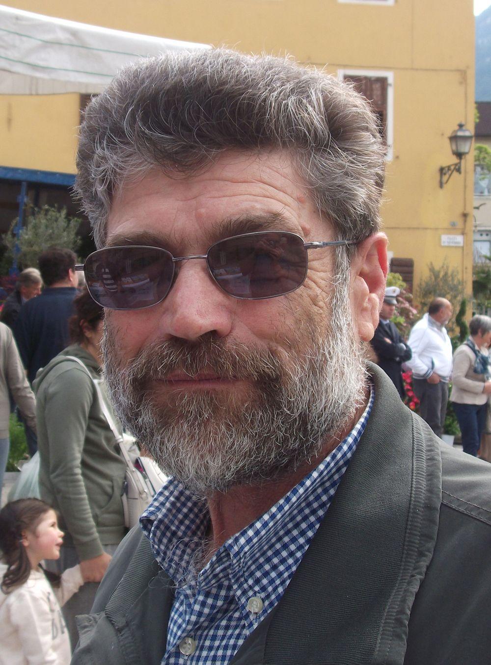 """Giuliano Fietta, pensionato, Spera: """"Io voto sì perché l'unione fa la forza e abbatte i campanilismi"""""""