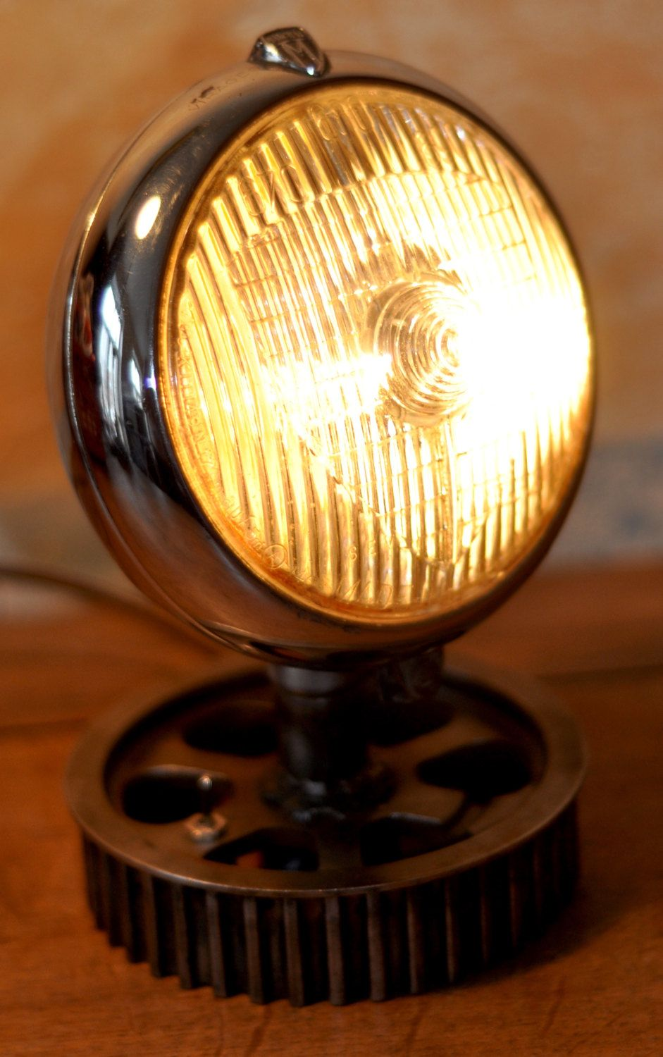 lamp industrial marchal car headlight industrial vintage lamp because home made by. Black Bedroom Furniture Sets. Home Design Ideas