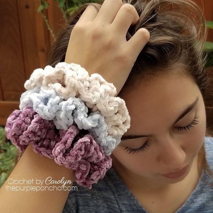 Simple Crochet Hair Scrunchie - Free Crochet Pattern #hairscrunchie
