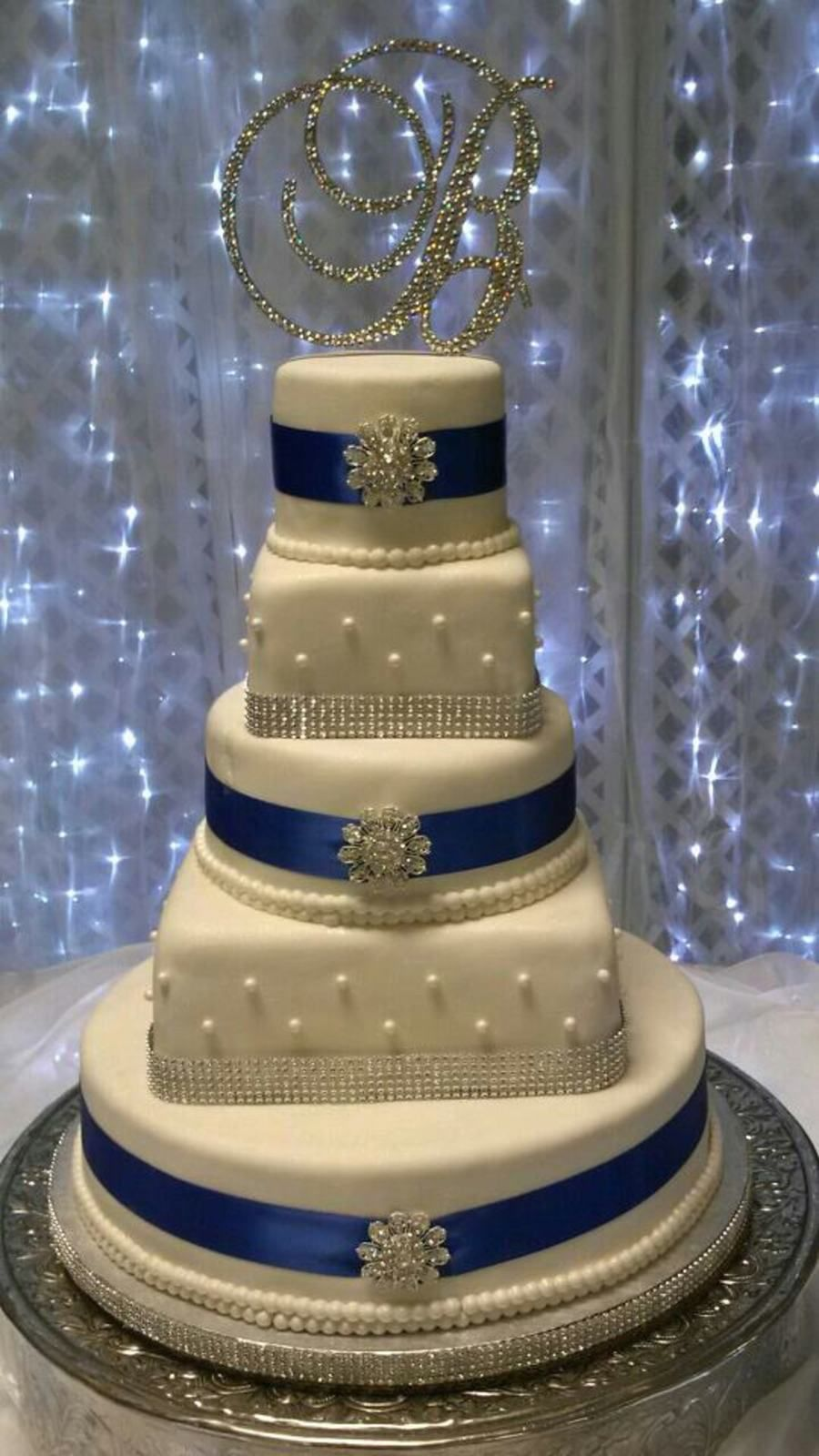 My nieces wedding cake biggest cake ive ever done and only the nd
