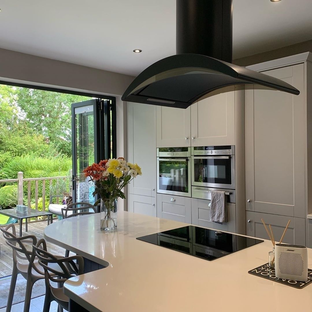 Bifold Doors Really Allow You To Bring The Outside In And Create An Even Bigger Dreamkitchen Homedecor Interior123 Interiord Kitchen Design Wren Kitchen Kitchen Decor