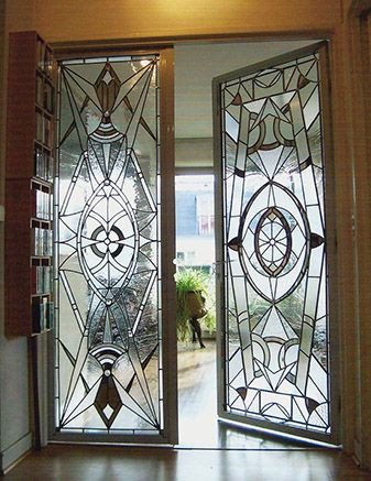 the combination of art deco motif with stained glass stained glass pinterest t ren. Black Bedroom Furniture Sets. Home Design Ideas