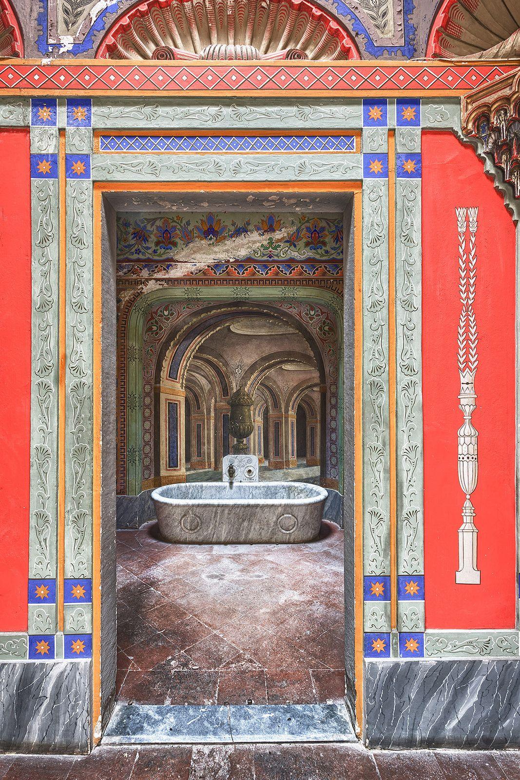 The Bathroom Nel 2020 Castello Aragona E Firenze