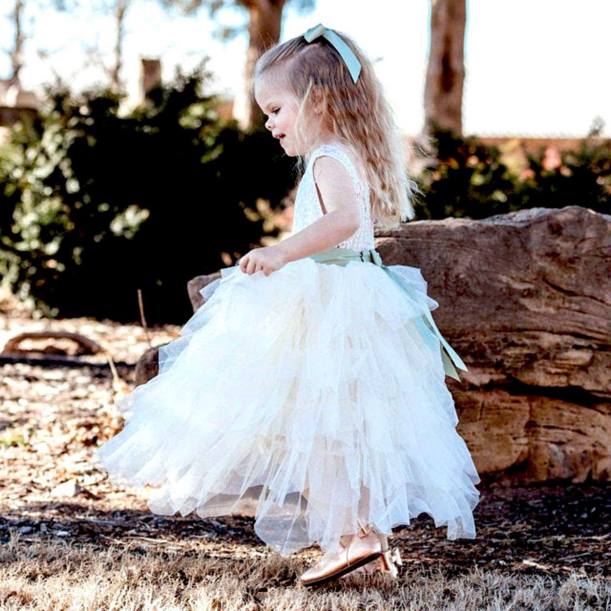 Tulle flower girl dress Rustic lace flower girl dresses Ivory flower girl dress Toddler dress Special Occasion Girls dress Birthday dress