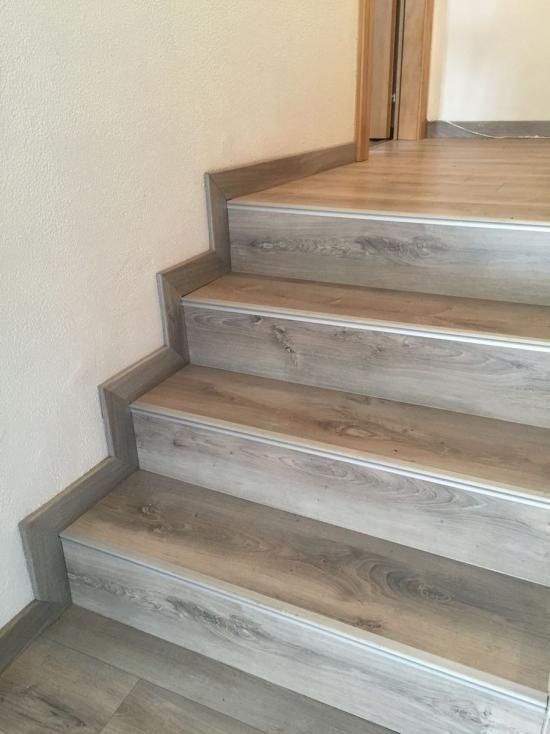 Maytop Tiptop Habitat Habillage D Escalier Renovation D Escalier Recouvrement D Escalier Escalier Bois Escalier Avec Images Escalier Bois Escalier Beton Escalier
