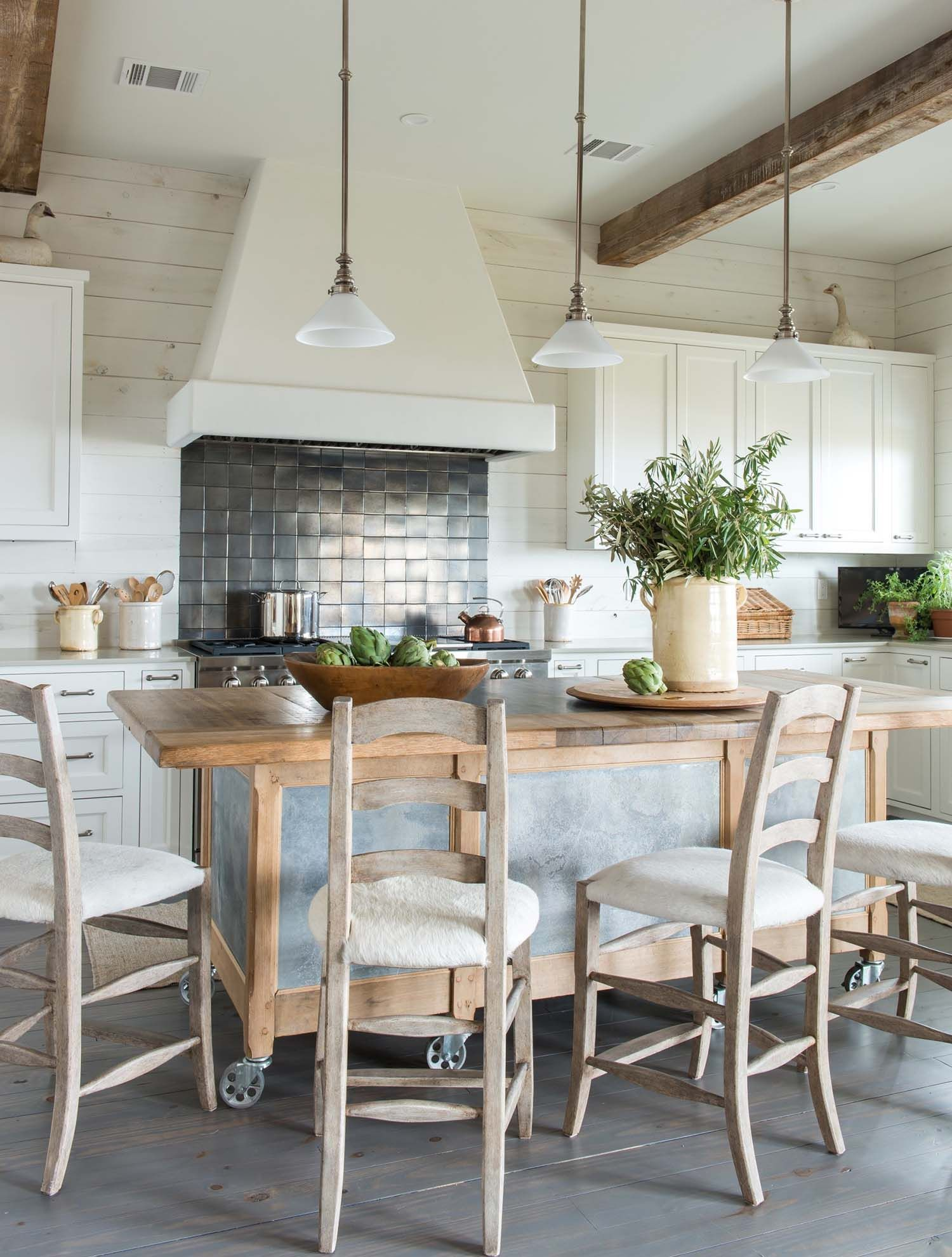 bright and airy beach house design in lafitte s point texas rh pinterest com