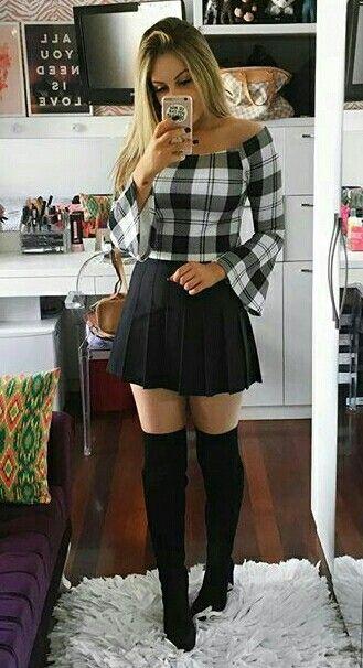 Sexy Skirt Selfies