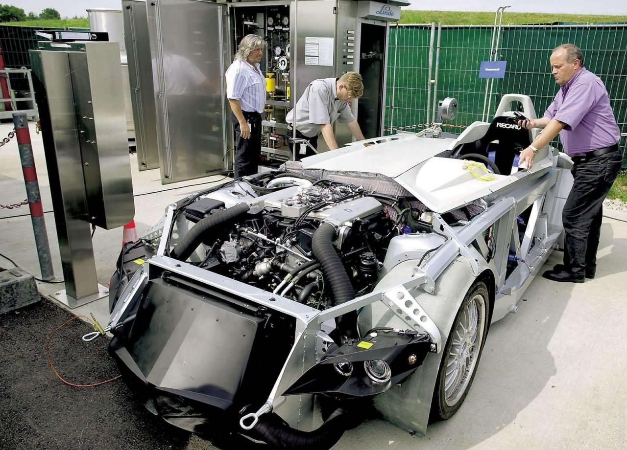2004 BMW H2R Hydrogen Racecar | Move | Pinterest | BMW, Vehicle and Cars