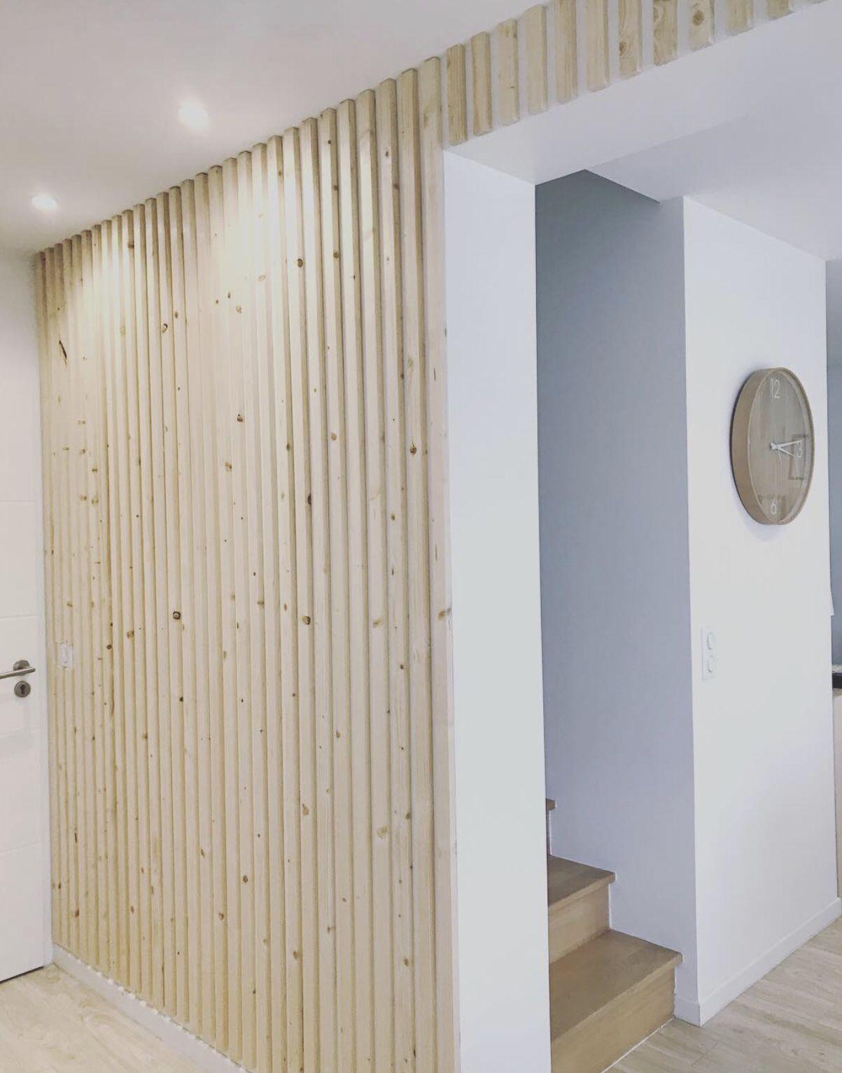 Comment Habiller Un Mur Interieur réalisation | décoration d'un mur blanc avec des tasseaux de