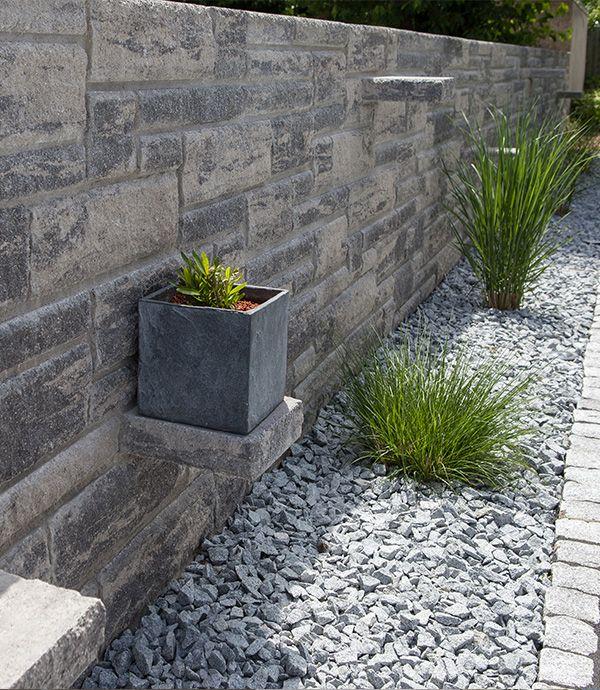 Freistehende Mauer Dekorativer Sichtschutz Mit Charme Gartenmauern Steinmauer Garten Garten