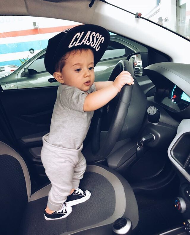 825 Likes 8 Comments Bolsas Maternidade Exclusivas Bolsasbabyhappy On Instagram Felipe Com As Cute Baby Girl Pictures Baby Boy Outfits Cute Baby Shoes