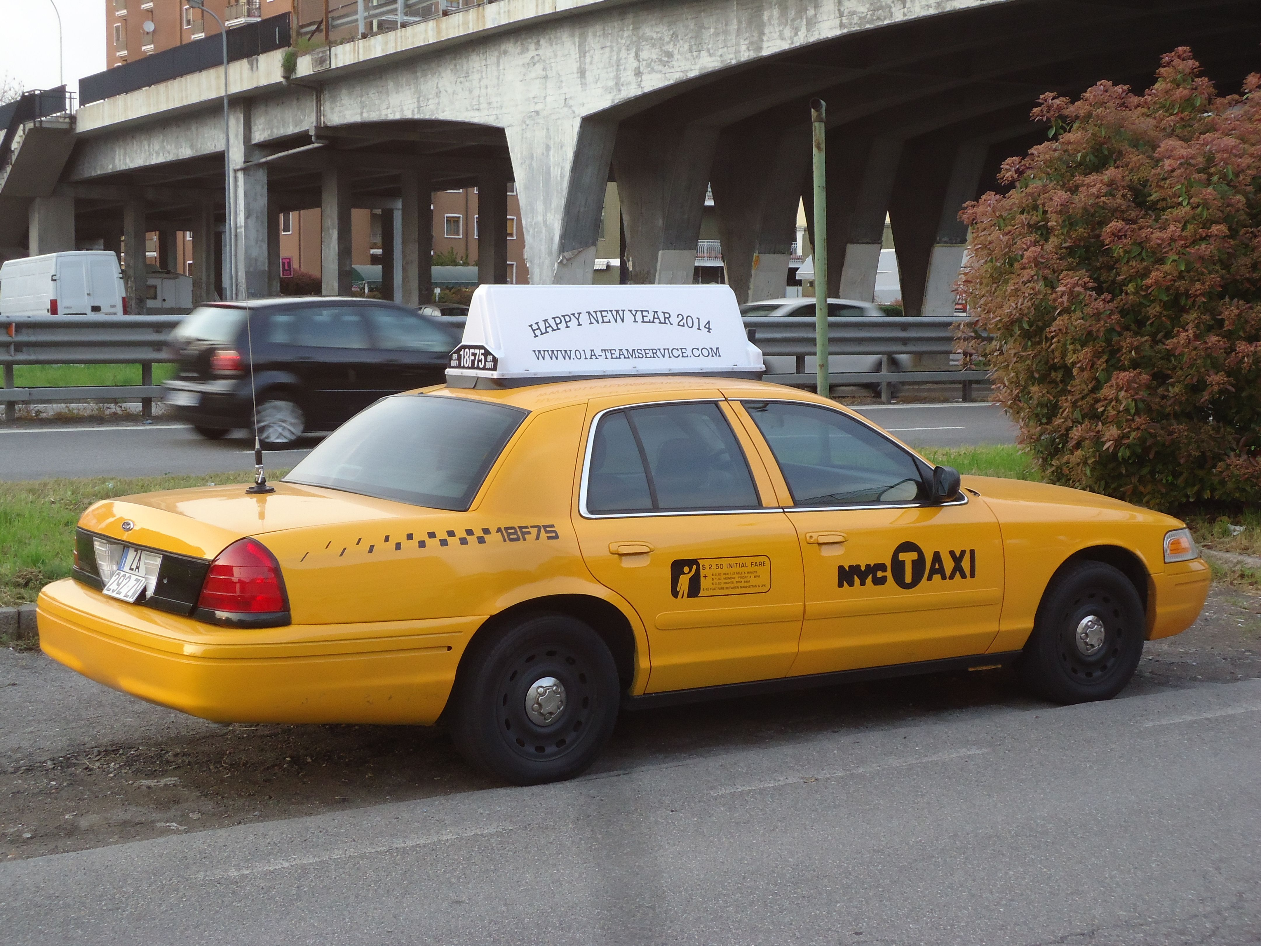 New York Taxi In Milano By Www 01a Teamservice Com
