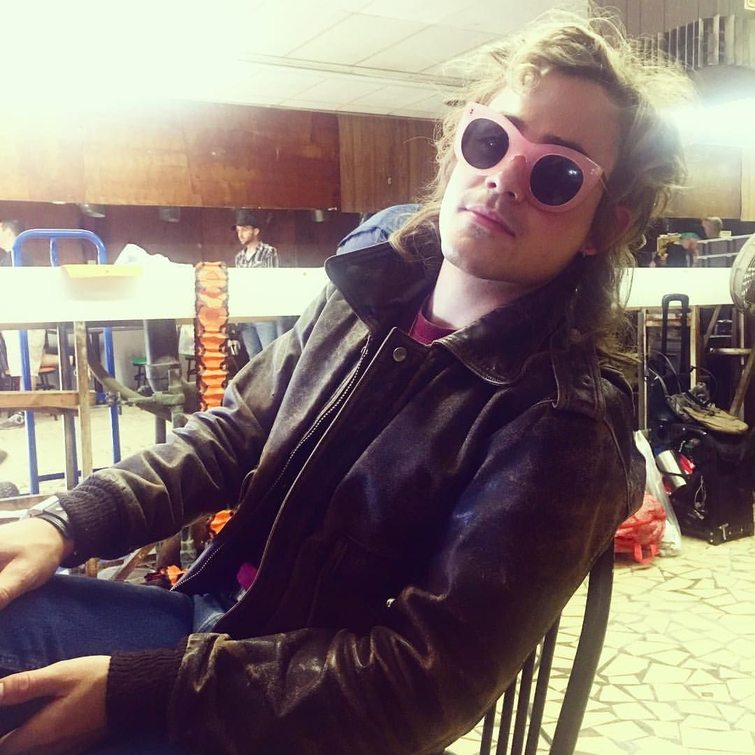Good style with that glasses Behind the scenes of Stranger