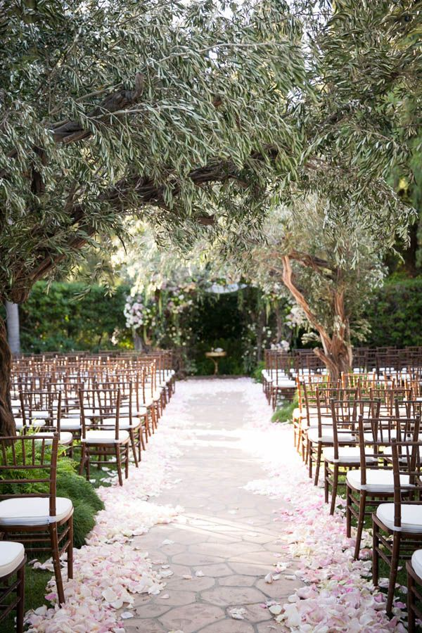An Enchanted Forest Wedding At The Beverly Hills Hotel