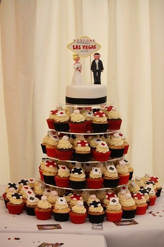 Love Black Red Las Vegas Wedding Cake Wedding Cupcakes