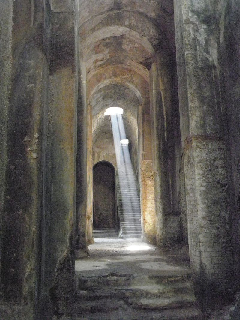Piscina Mirabilis — a freshwater cistern on the Bacoli