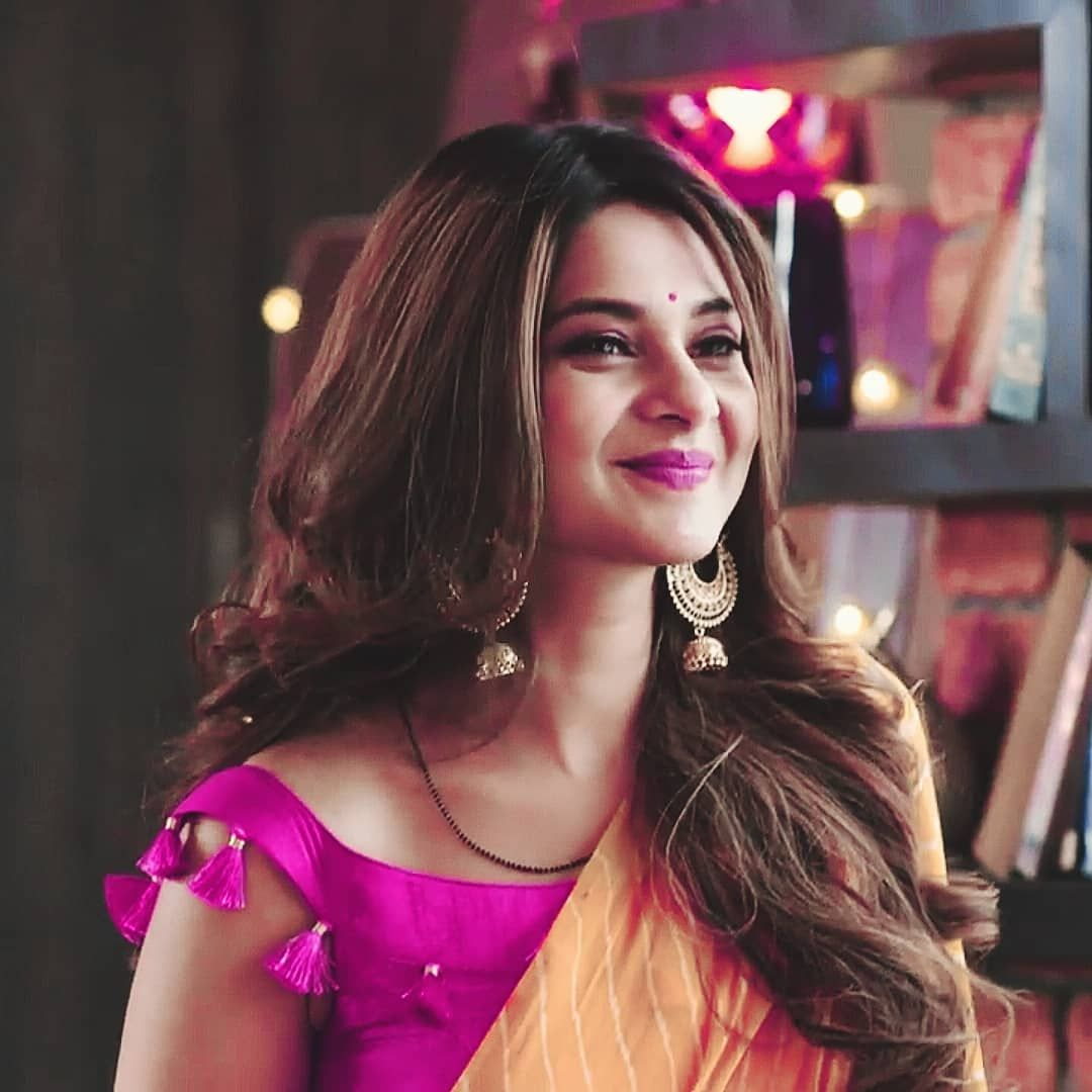 She is back again with her adorable expressions which ...