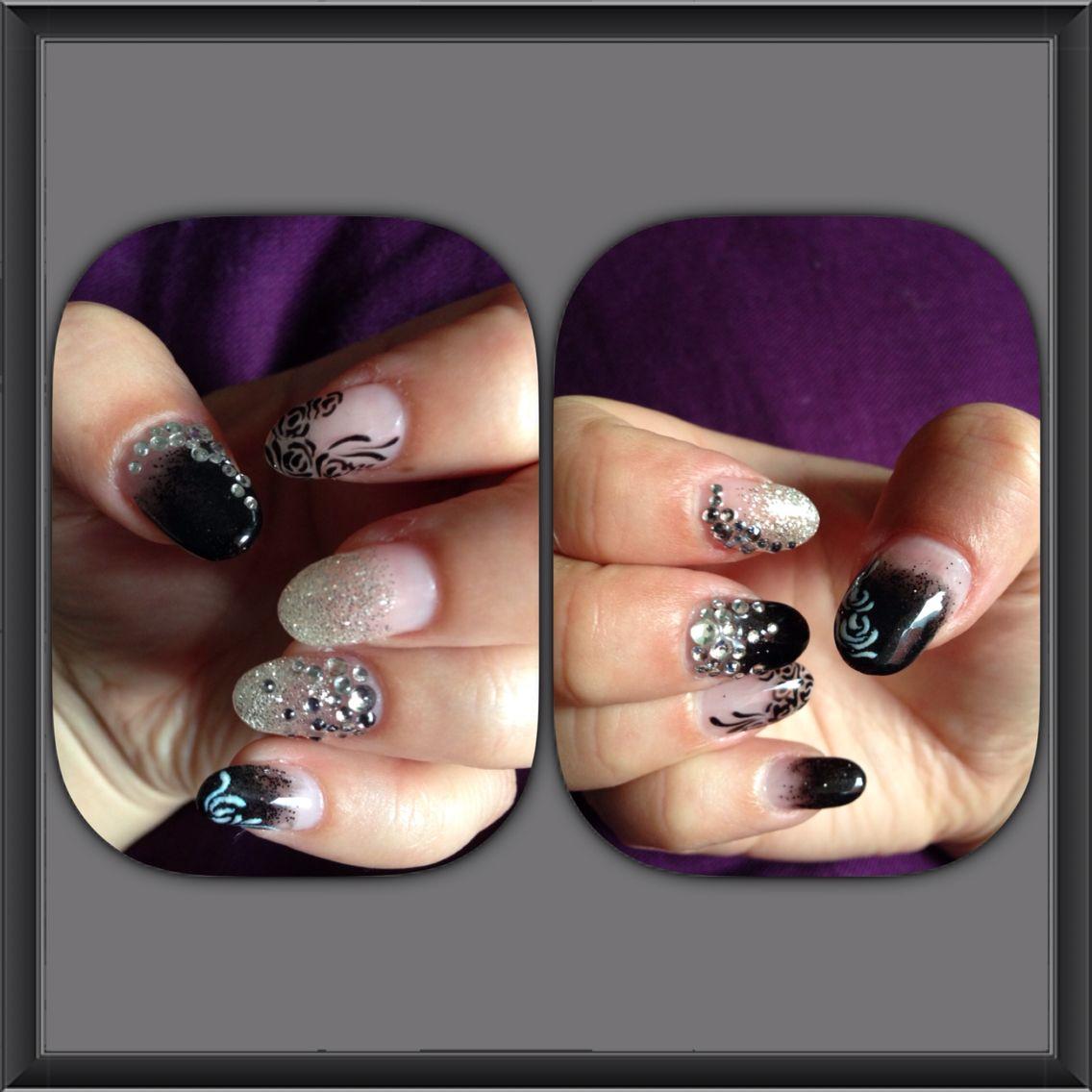 Susanna's nailsalon, järvenpää. Glitter, black and white. Hile, maalaus ja timantit