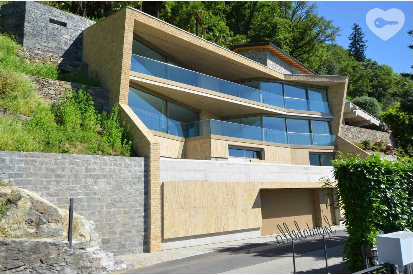 Moderne neue Luxus Villa mit sensationeller Seesicht
