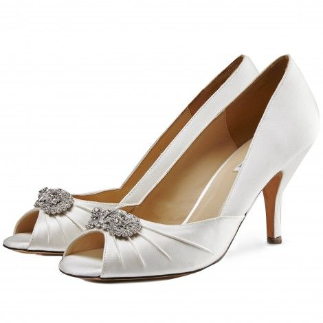Ivory Silk Peep toe court shoes with diamante brooch 8Ny1yn