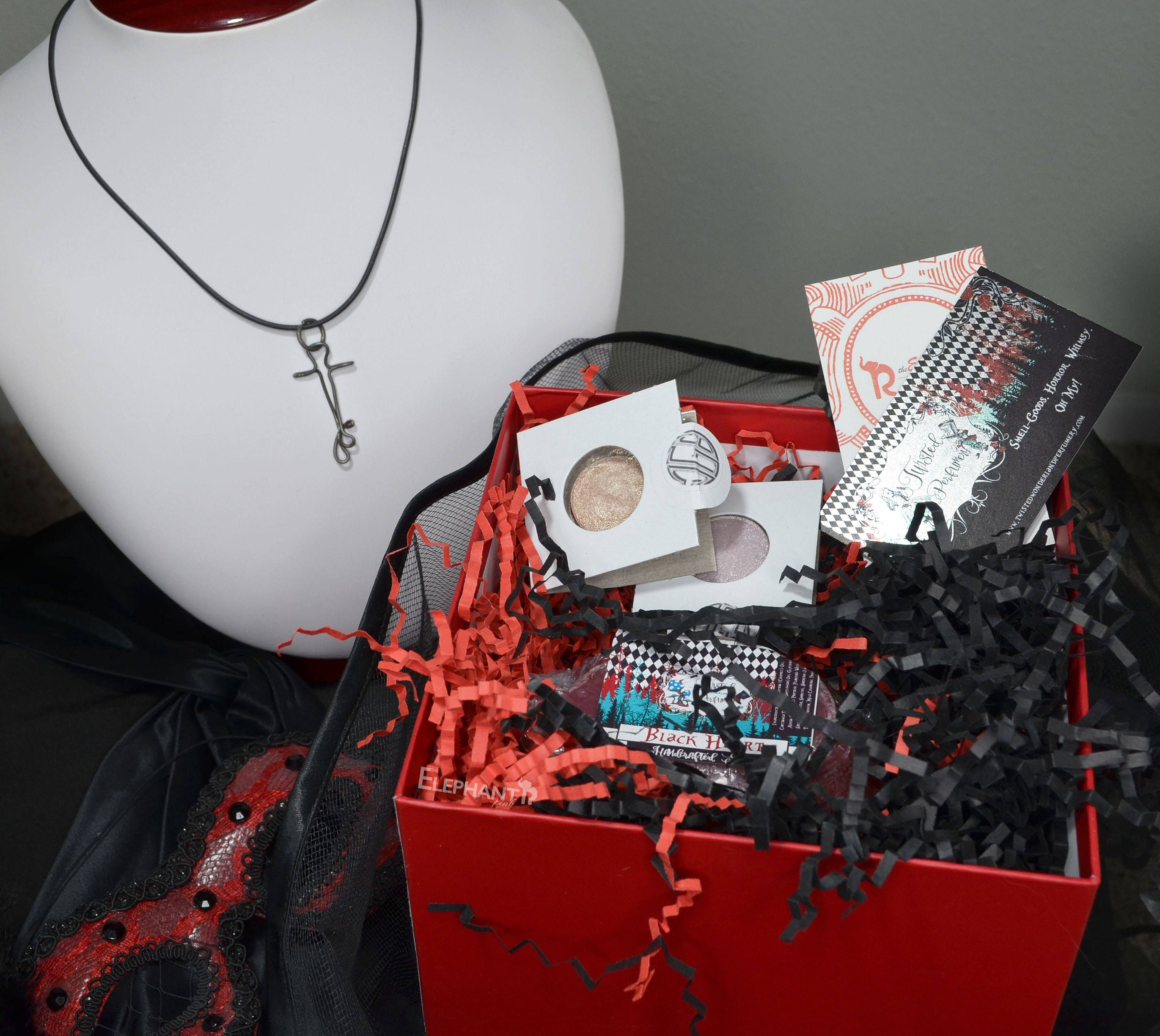 Gothic Mystery Box Beauty Box Makeup Gift For Girlfriend Jewelry Box Goth Necklace Indie Cosmetics Vegan Makeup Box Makeup Beauty Box Beauty Box Makeup Gift