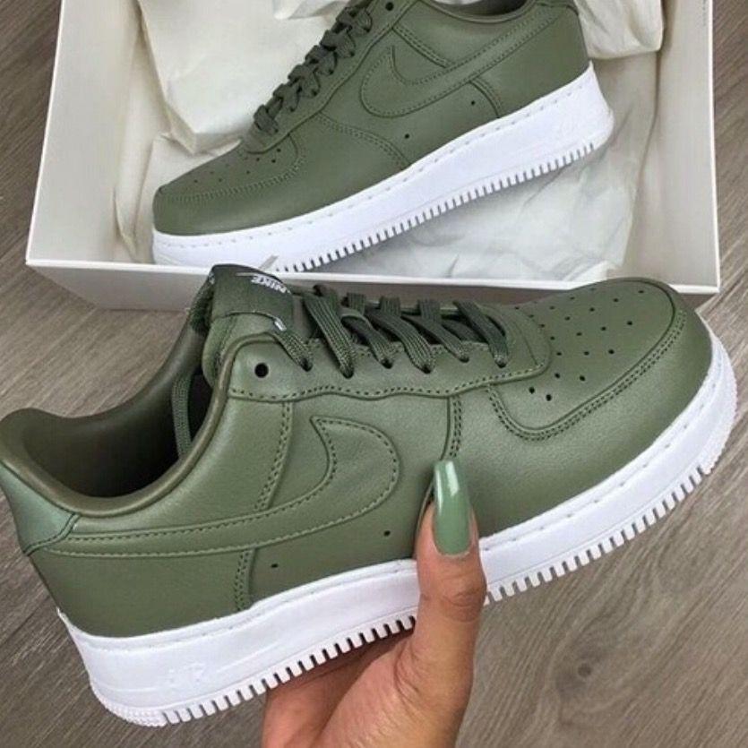 nike air presto verde militar feminino