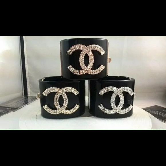 Bracelet Bracelet new, available in color gold! CHANEL Jewelry Bracelets