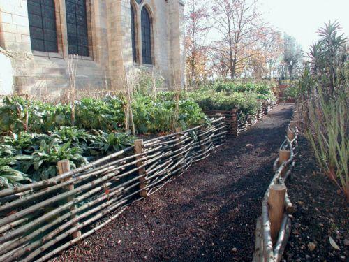 Medieval Garden At La Gacilly Raised Veg Garden Natural Garden