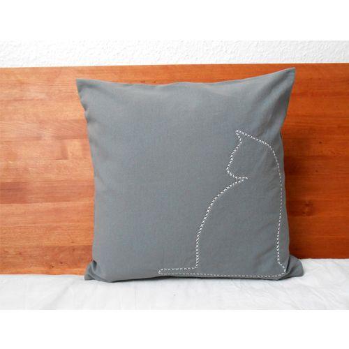 Kissen Katze Grau 40x40 Handgestickt Herr Fuchs pillow
