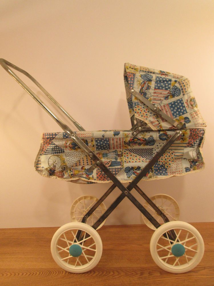 VTG. 1970'S HOLLY HOBBIE DOLL BUGGY STROLLER COLLAPSIABLE