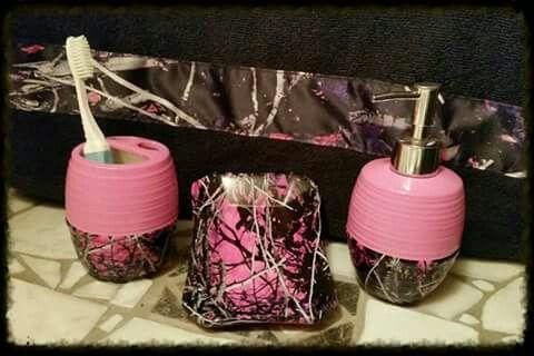 Pink Camo Bathroom Set