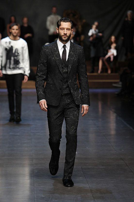 Vestiti Matrimonio Uomo Dolce E Gabbana : Dolce gabbana man fashion shows in fashion style moda
