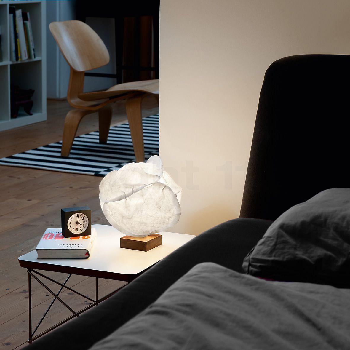 Table, Bean Bag Chair Und