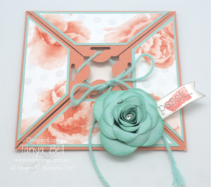 Scallop Tag Topper Square Card