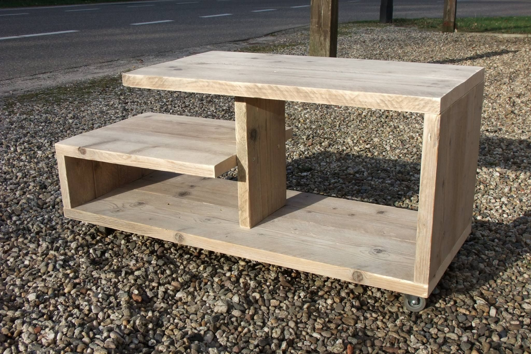 Vinyl Steigerhout Look : Mooi vormgegeven tv meubel. op maat gemaakt door het houthuus