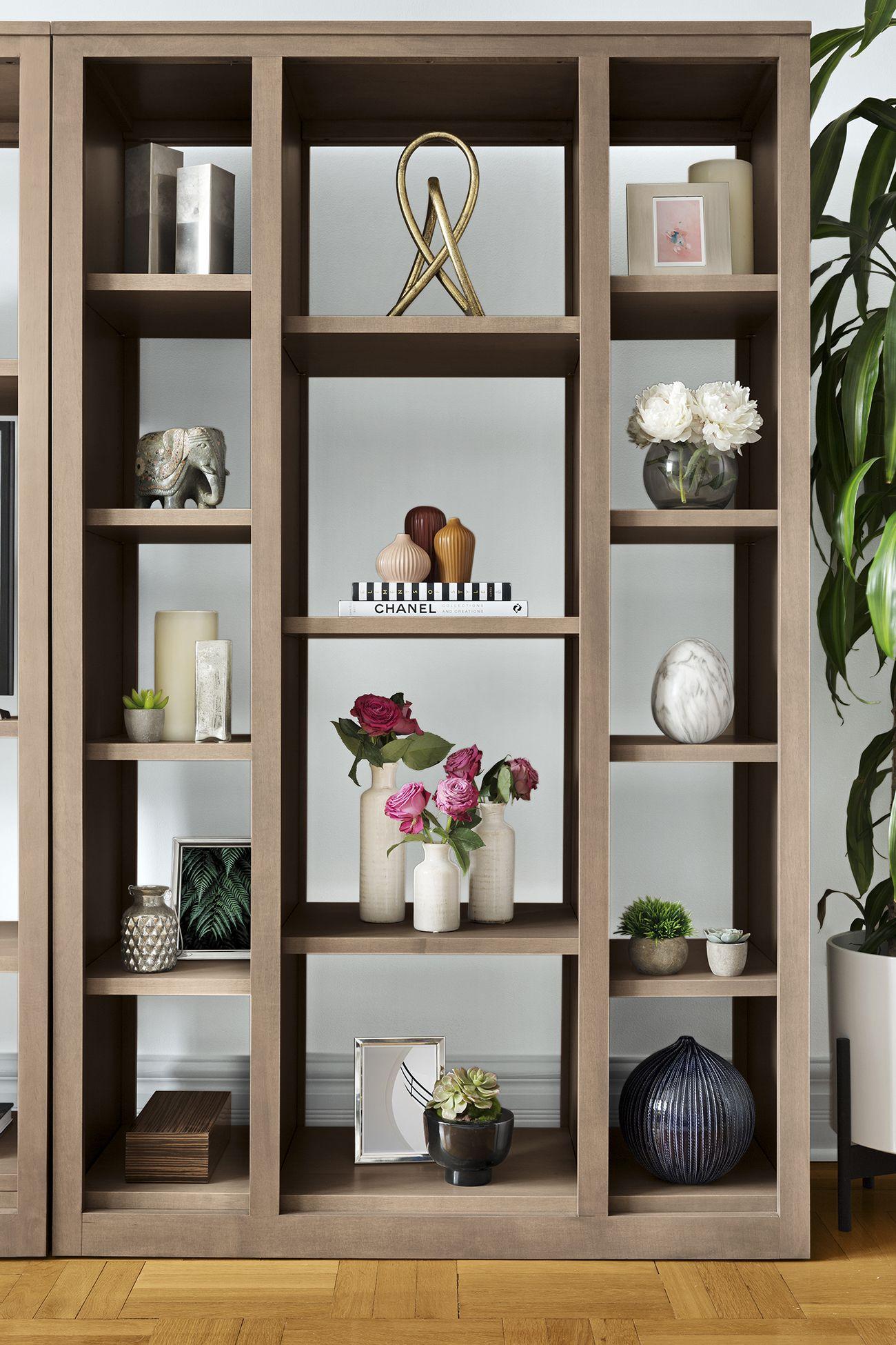 A Contemporary Apartment Transformed For The Now Decor Aid Living Room Shelves Living Room Design Decor Living Room Decor #shelves #in #living #room #design