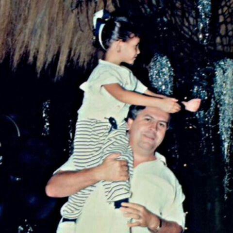 Pablo Escobar and his daughter Manuela | Pablo escobar ...