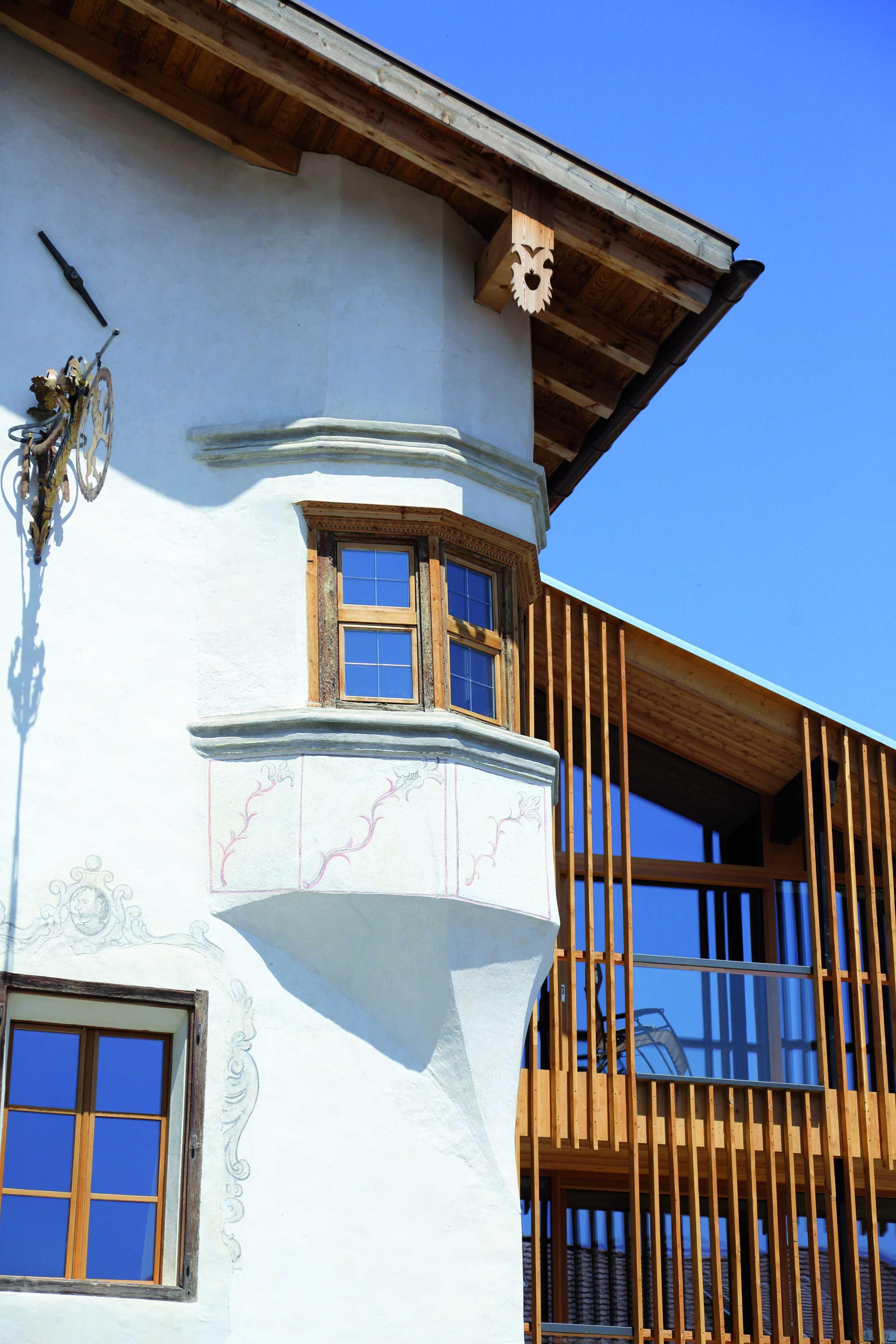 Romantik Hotel Weisses Kreuz | Design Hotel | Italy | http://lifestylehotels.net/en/hotel-weisses-kreuz | Exterior View | Alpine Design