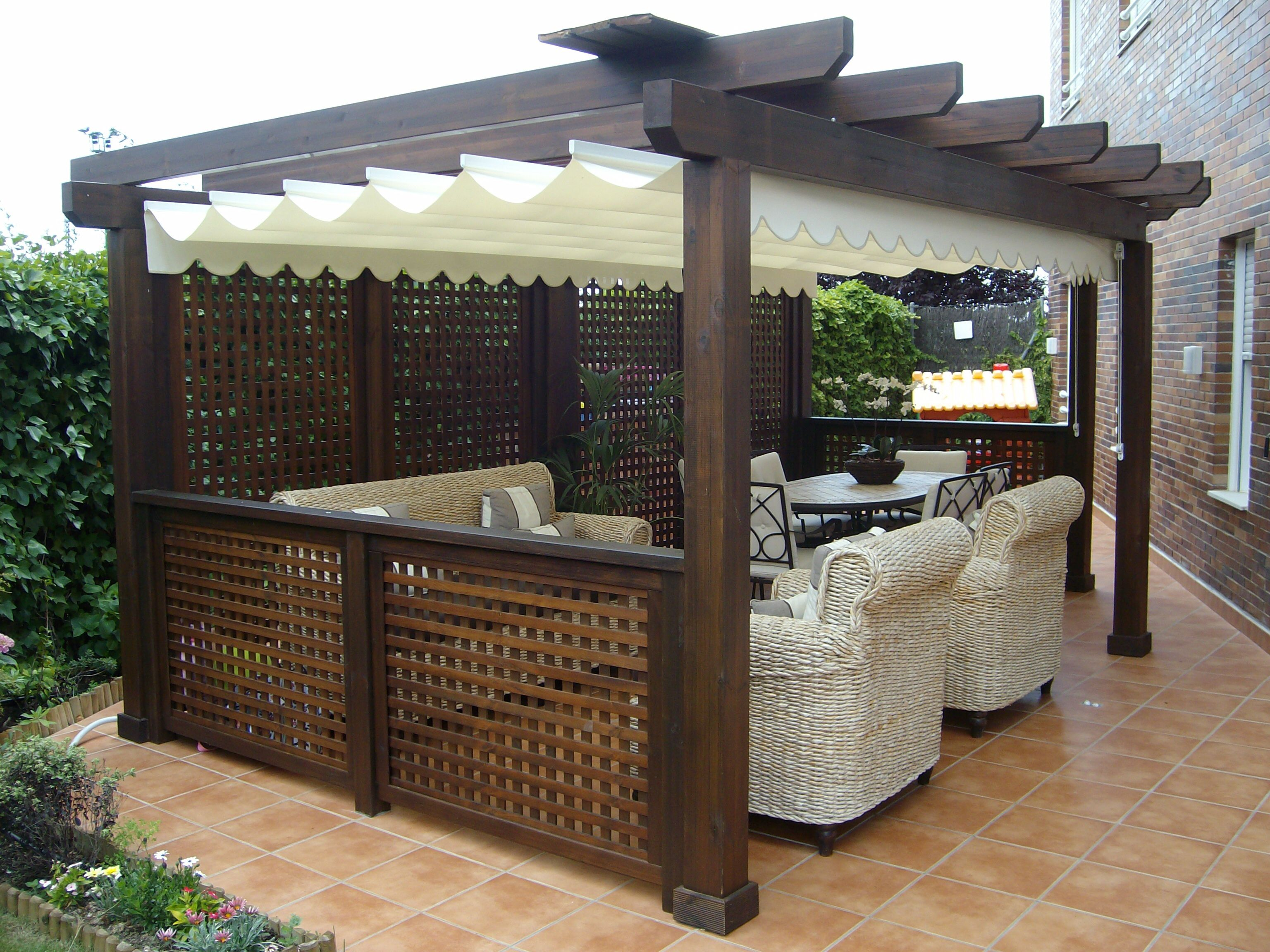 Cenador de madera con celosias p rgolas pinterest for Celosia madera jardin