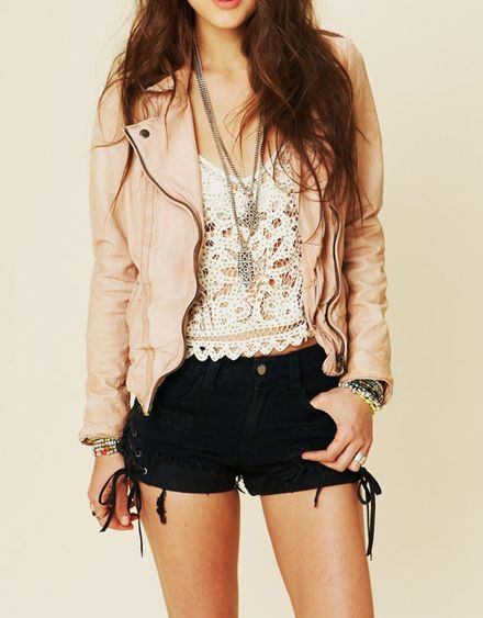 cute transition into fall outfit with the leather jacket