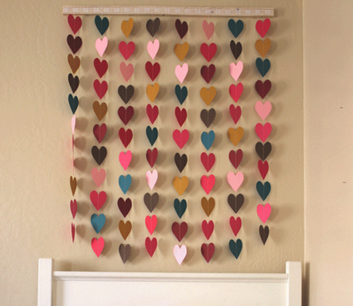 DIY Heart Wall Decor. Would be cute photo backdrop!