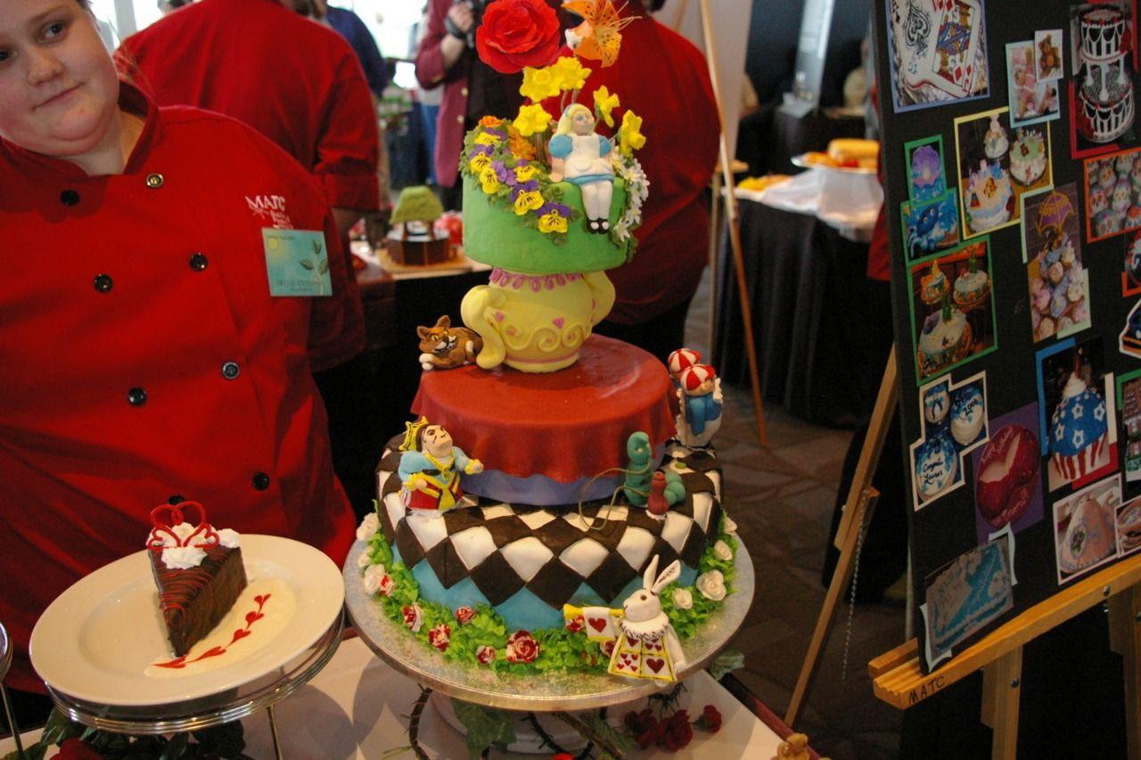 IvyLeeG Cakes   TIMBER!!!!! Best cake ever. Wood grain