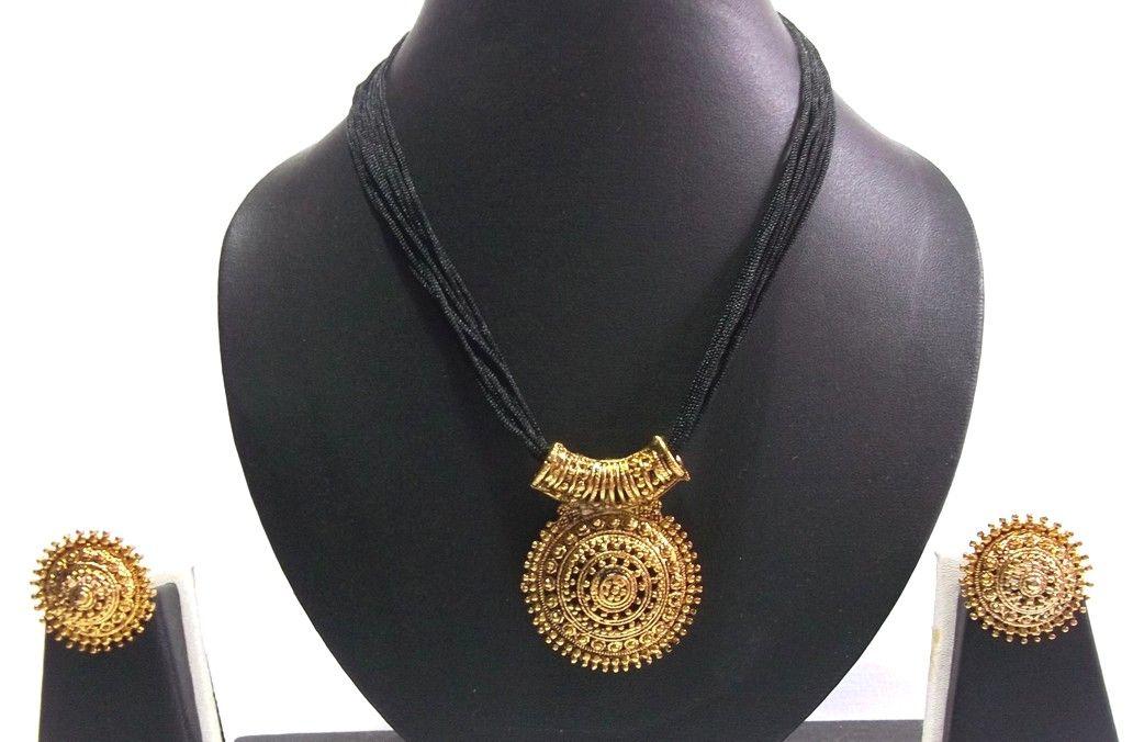 Big Pendant Black Thread Mangalsutra Necklace Set   Jewellery ...