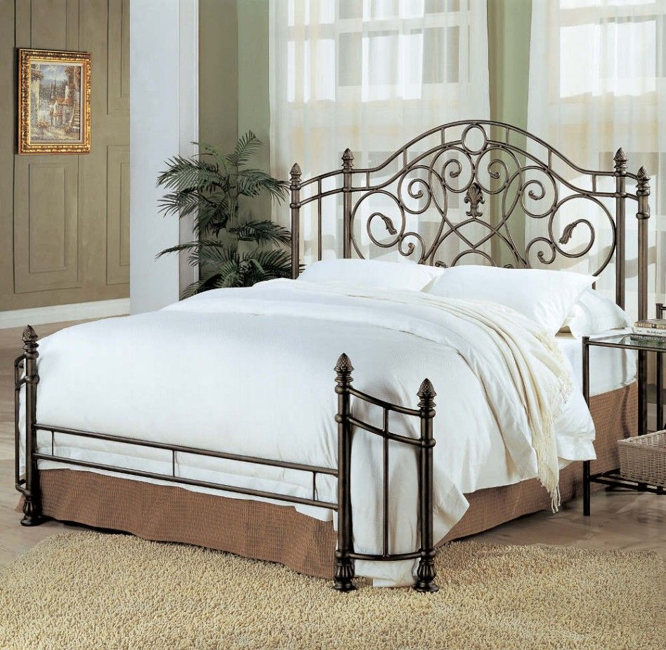 Pin By Linda On Furniture Redo And Furniture Headboards For Beds Iron Bed Frame Iron Headboard