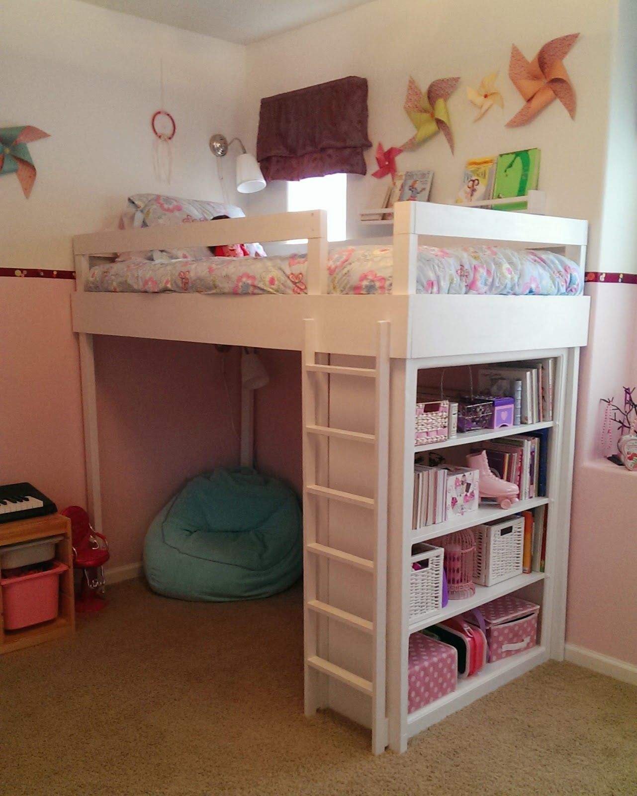 Girls loft bed with stairs  Lovely Neighbors  DIY Loft bed for little girlus room  para Juana