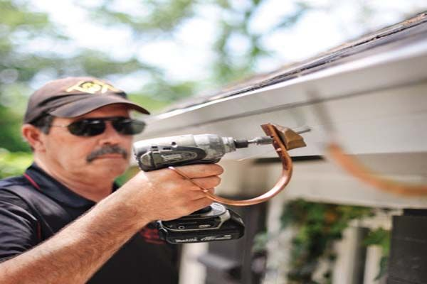 How To Hang Gutters Use Half Rounded Gutter Gutters How To Install Gutters Gutter