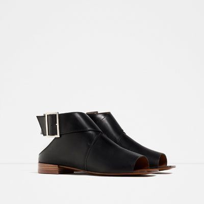 FLAT LEATHER BOOT - STYLE SANDALS