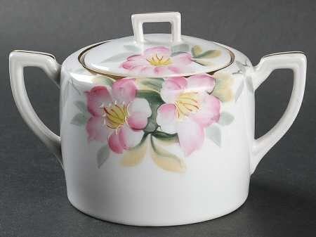 Sugar Bowl & Lid in the Azalea pattern by Noritake
